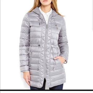 Kenneth Cole puffer jacket size xS